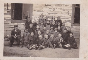 1933 school photo Walery Choroszewski- aged 10-12 Nr 10 front of photo